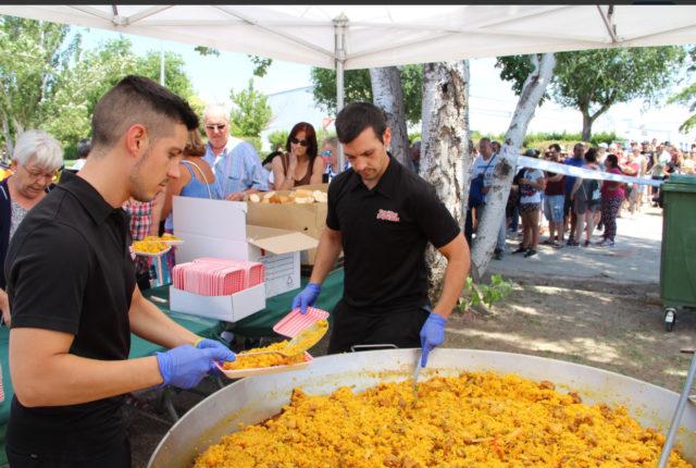 Catering Comidas Populares y su marca Paellas gigantes viaja por España Avila Toledo Madrid…